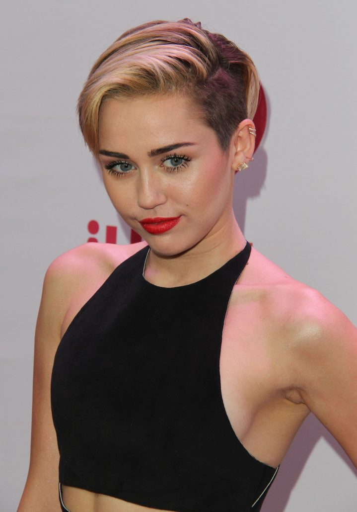 Miley Ray Cyrus Nude Photos 15