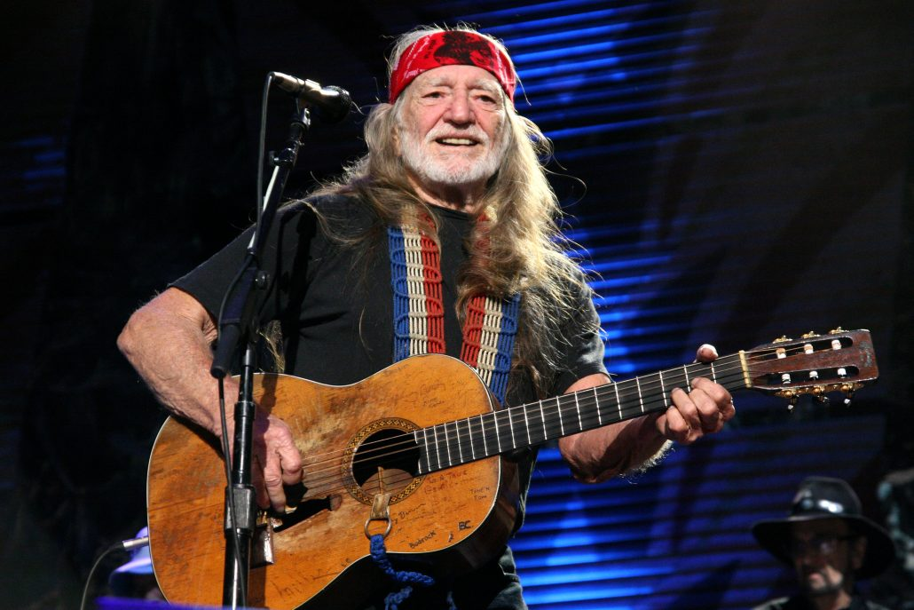 Willie nelson m m group for Nelson group