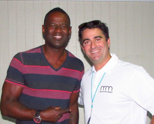 Brian McKnight Plays Beaumont